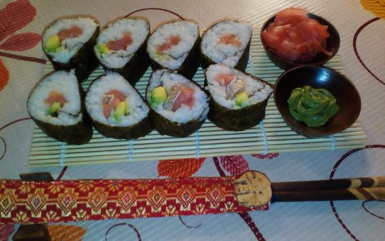 """Наши первые суши """"Унаги-маки"""""""